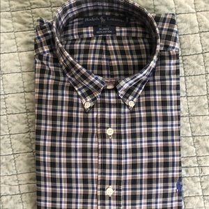 New with tags Ralph Lauren button down. large